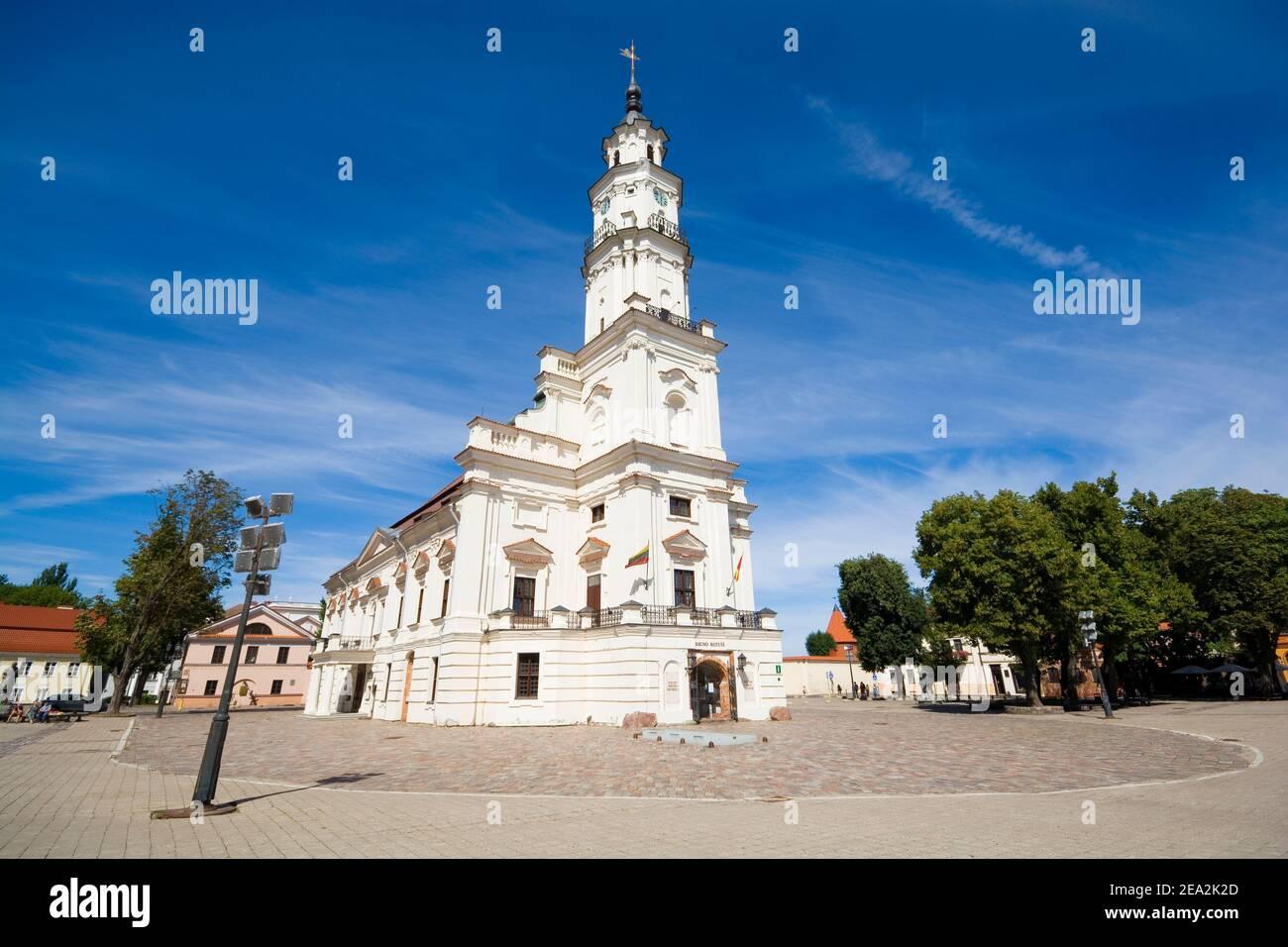 Edificio storico del Municipio di Kaunas chiamato 'il cigno bianco', Lituania Foto Stock