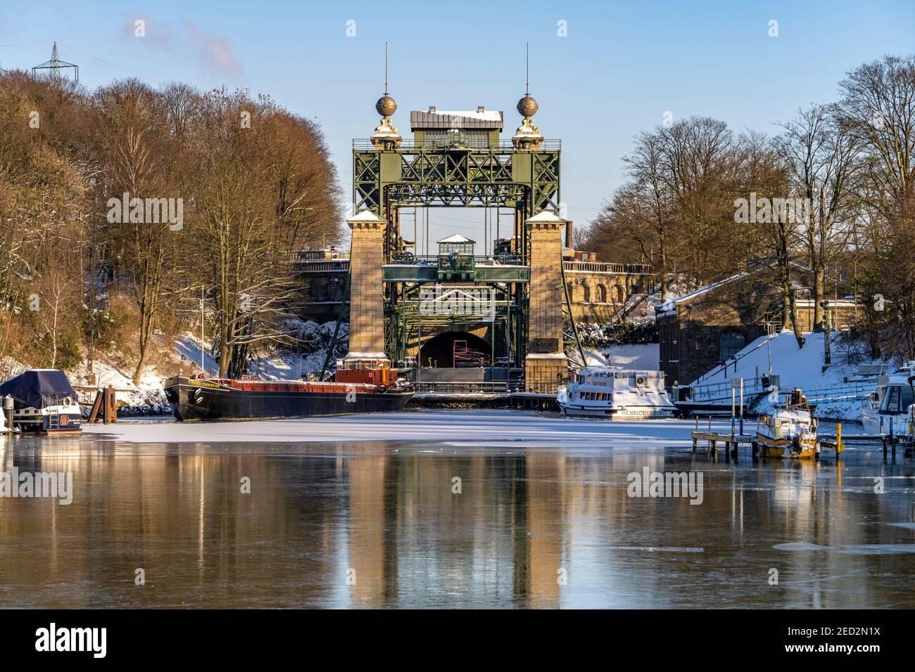 Das alte Schiffshebewerk Henrichenburg am Dortmund-EMS-Kanal in Waltrop, Nordrhein-Westfalen, Deutschland, Europa   Historic Henrichenburg boat lift i Foto Stock