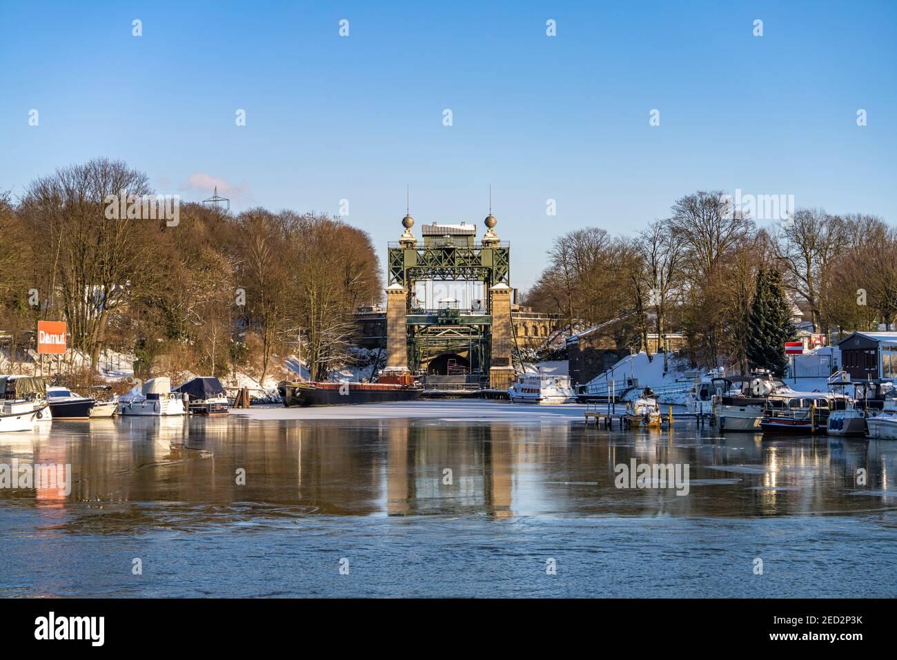 Das alte Schiffshebewerk Henrichenburg am Dortmund-EMS-Kanal in Waltrop, Nordrhein-Westfalen, Deutschland, Europa | Historic Henrichenburg boat lift i Foto Stock