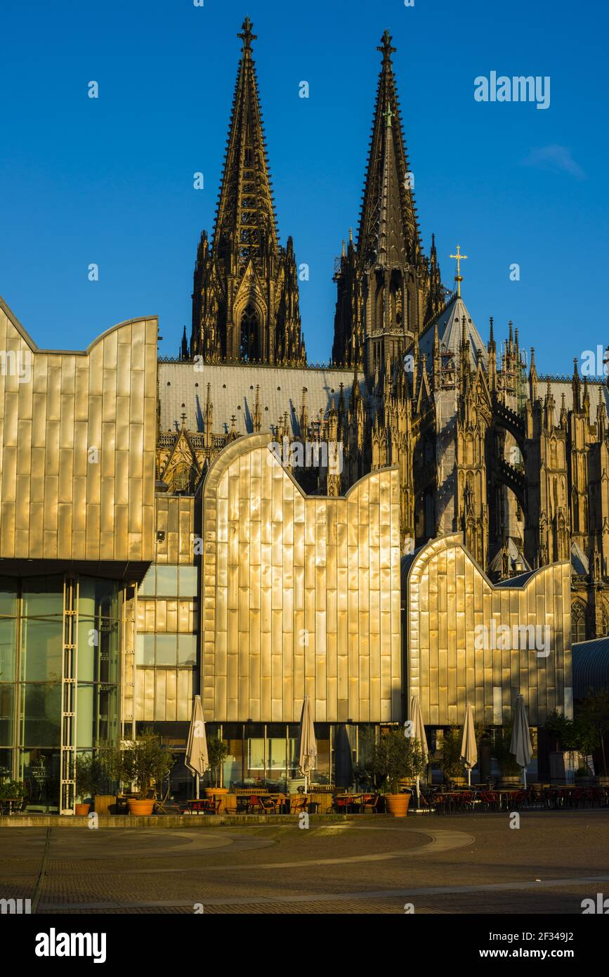 Geografia / viaggio, Germania, Nord Reno-Westfalia, Cattedrale di Colonia, Museo Ludwig, Coologn, libertà di panorama Foto Stock