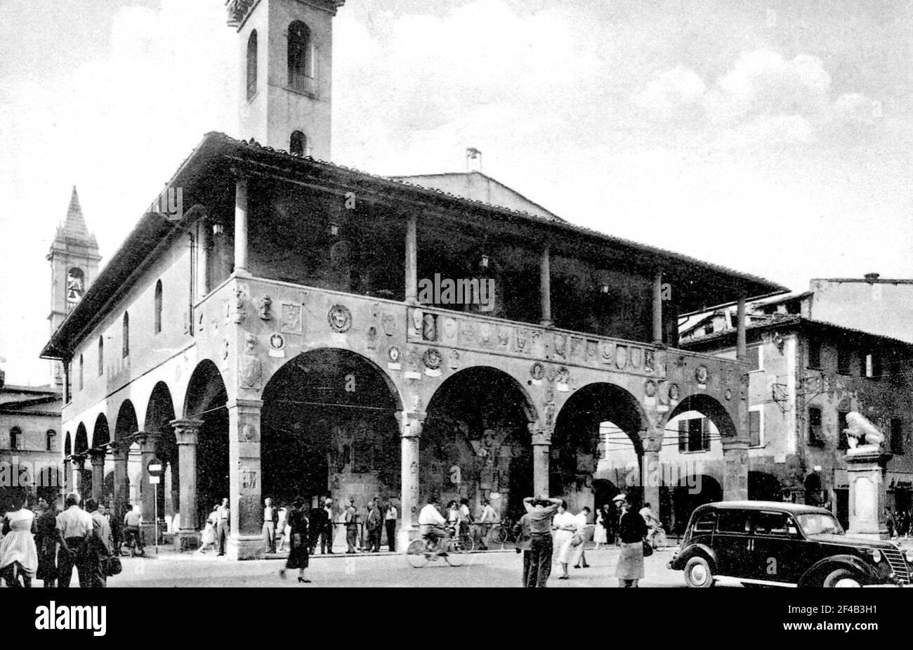 Strada Scene a San Giovanni Valdarno, Italia ca. 1950 Foto Stock