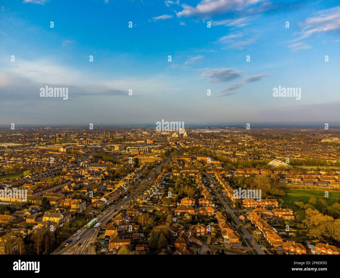 Vista aerea di York, skyline del Regno Unito che guarda a sud-ovest con York Minster nel centro. Foto Stock