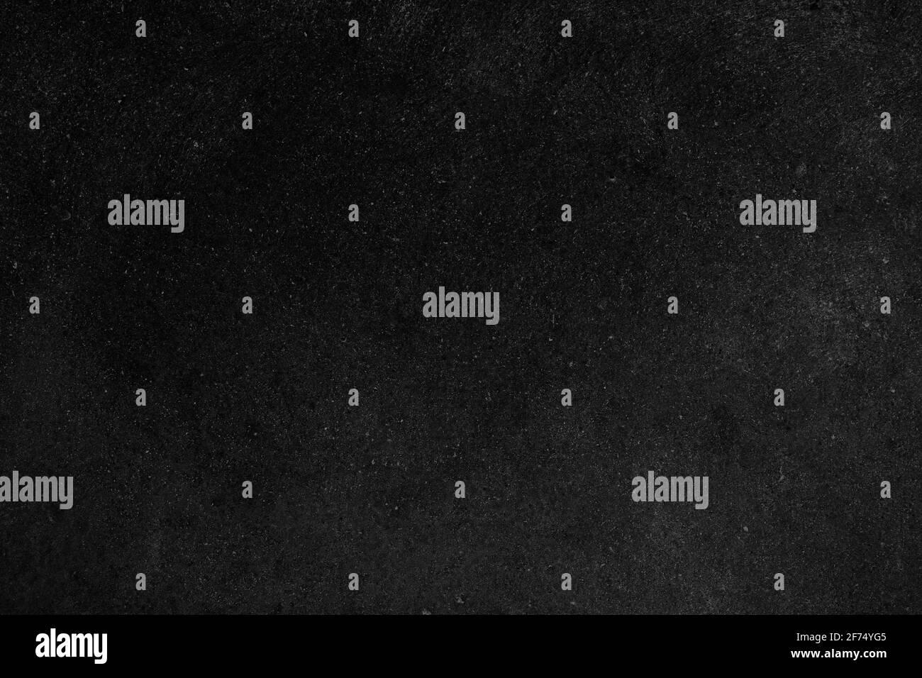 Fronte vuoto sfondo nero reale lavagna texture in concetto college per sfondo bambino torna a scuola per creare bianco gesso testo disegnare grafica. Bac Foto Stock