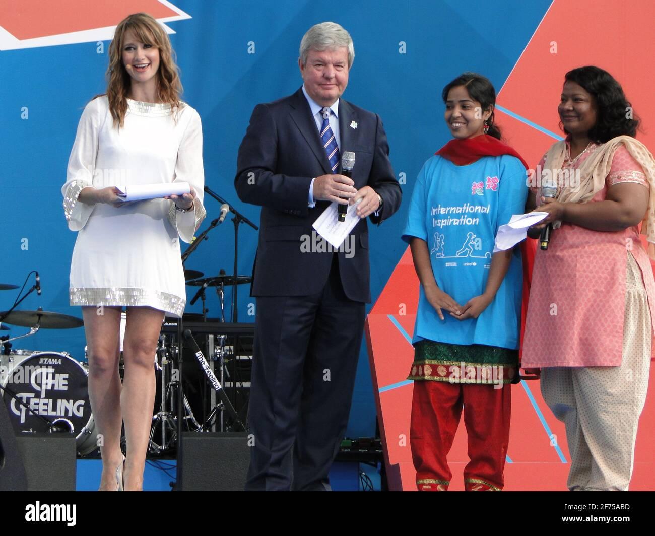 Una lacrima da andare! Concerto in piazza Trafalgar 1 anno prima delle Olimpiadi del 2012, Londra, Regno Unito Foto Stock