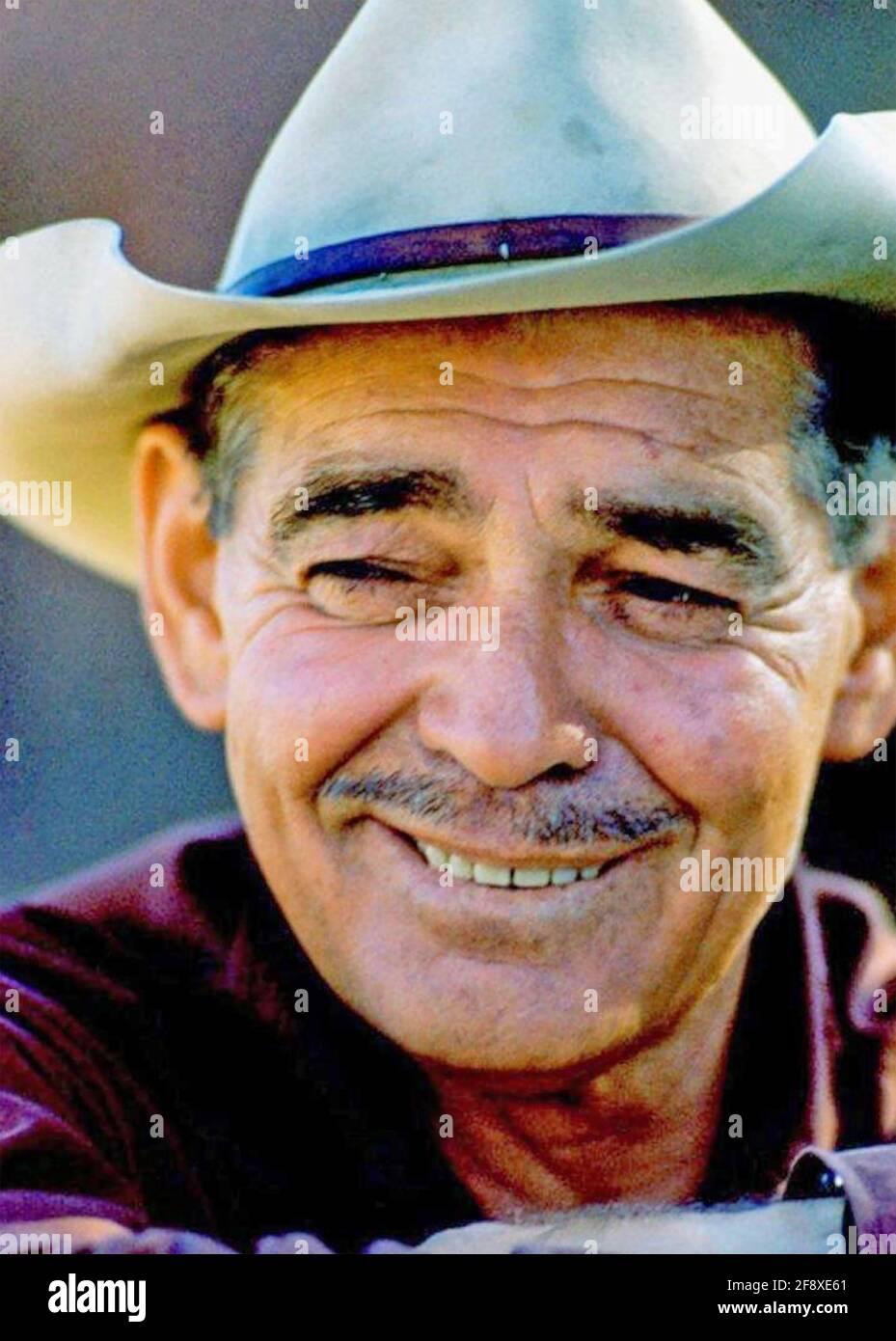 CLARK GABLE (1901-1960) attore cinematografico americano nel 1961 durante le riprese I misfits Foto Stock