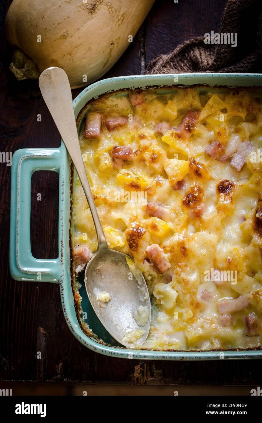 Gratin di zucca di patate Foto Stock