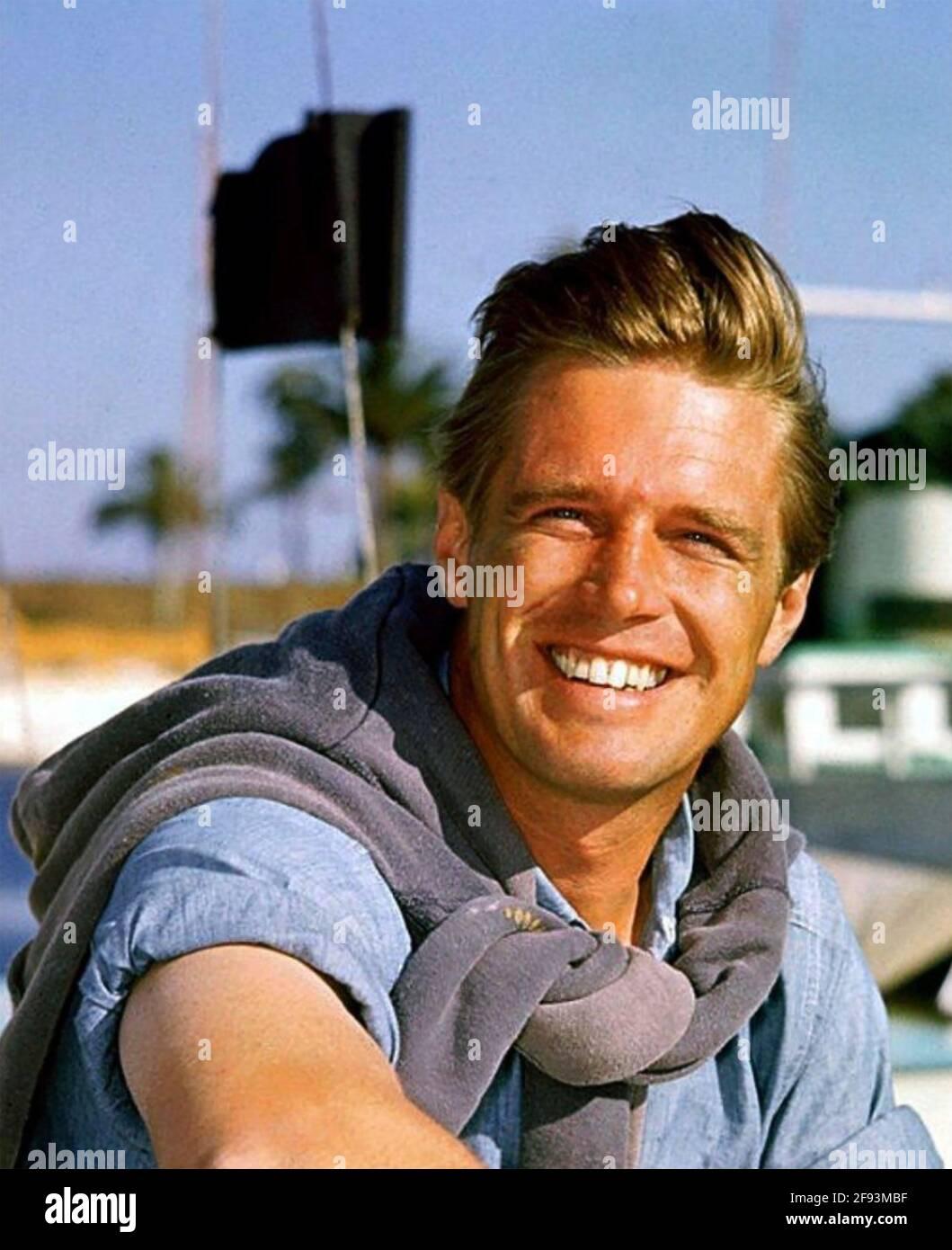 GEORGE PEPPARD (1928-1994) attore di film americano circa 1960 Foto Stock