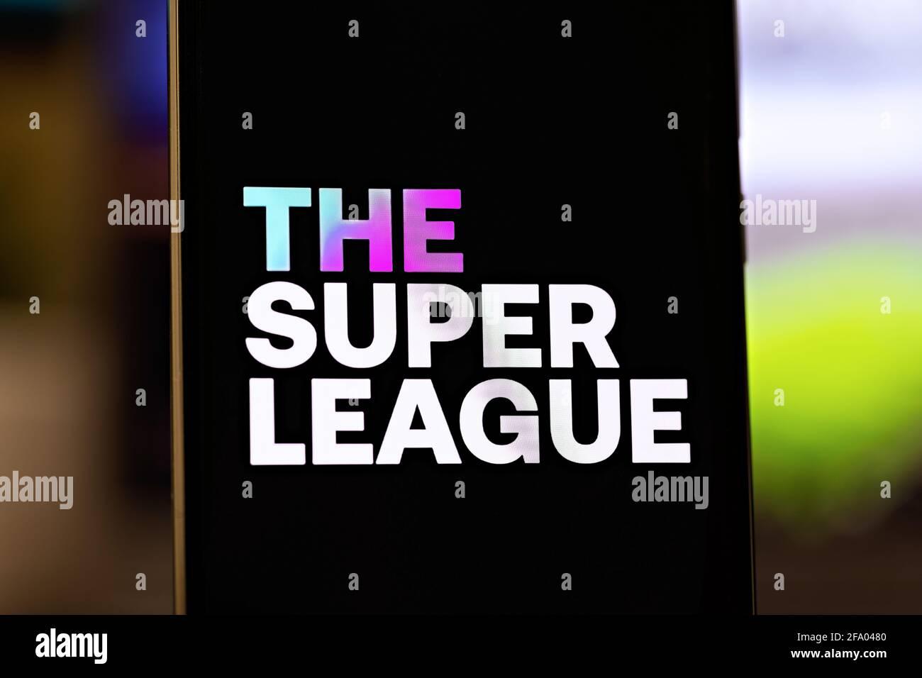 Foto editoriale sul tema della Super League. Foto illustrativa per notizie sulla Super League - una competizione calcistica di alto livello europeo Foto Stock