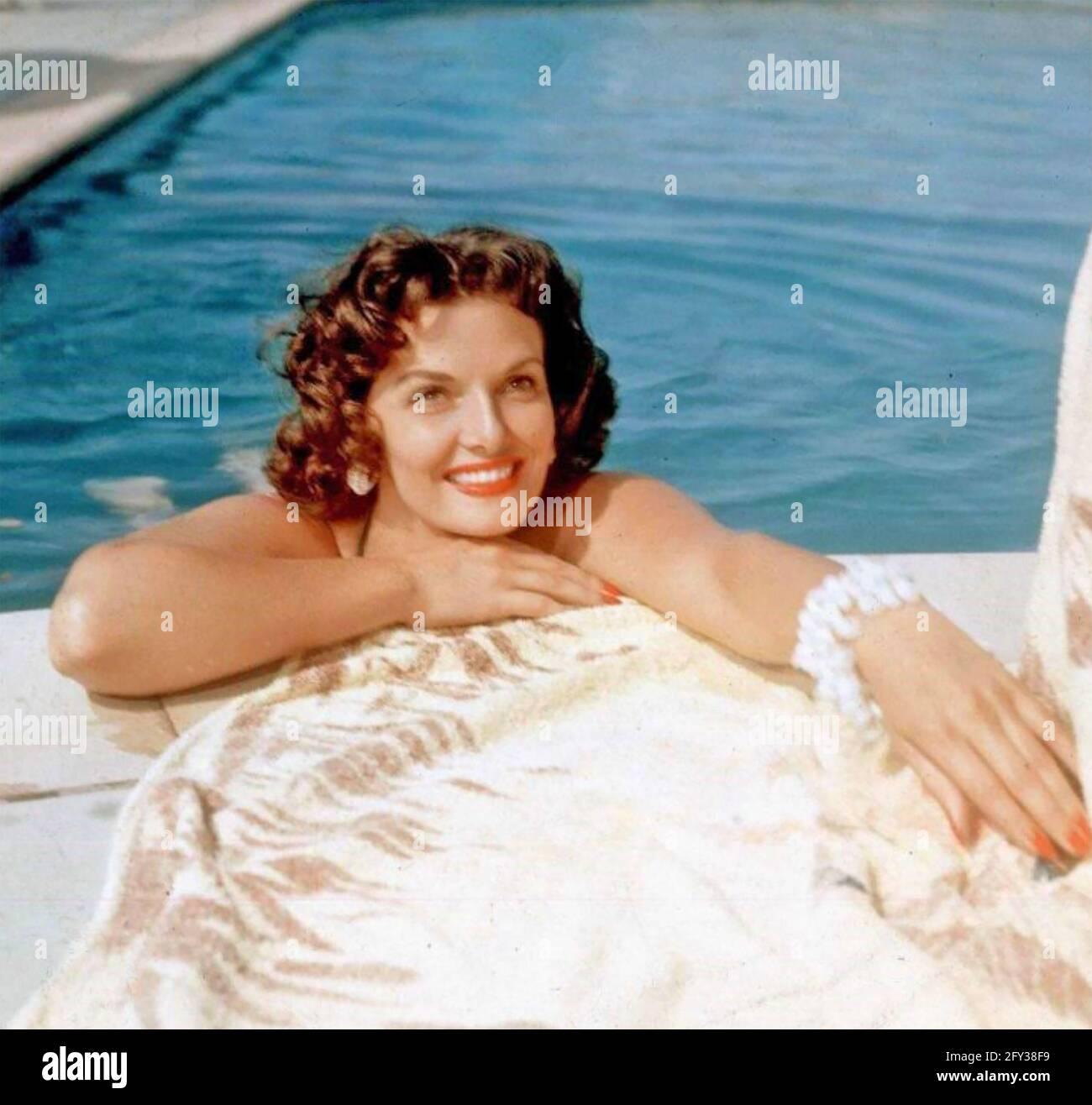JANE RUSSELL (1921-2011) attrice e cantante americana circa 1953 Foto Stock
