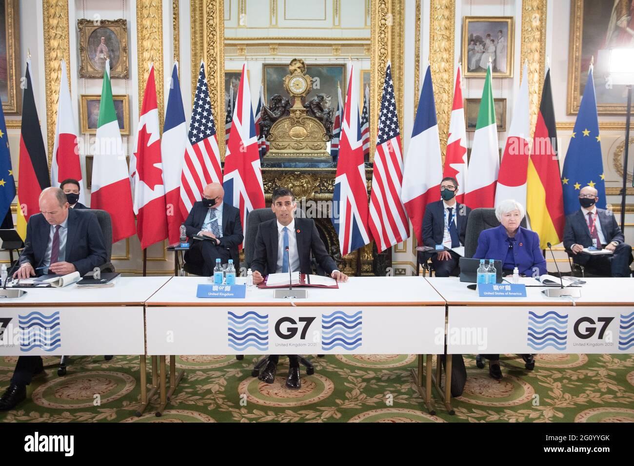 Cancelliere dello scacchiere Rishi Sunak in occasione di una riunione dei ministri delle finanze di tutte le nazioni del G7 a Lancaster House a Londra in vista del vertice dei leader del G7. Data immagine: Venerdì 4 giugno 2021. Foto Stock