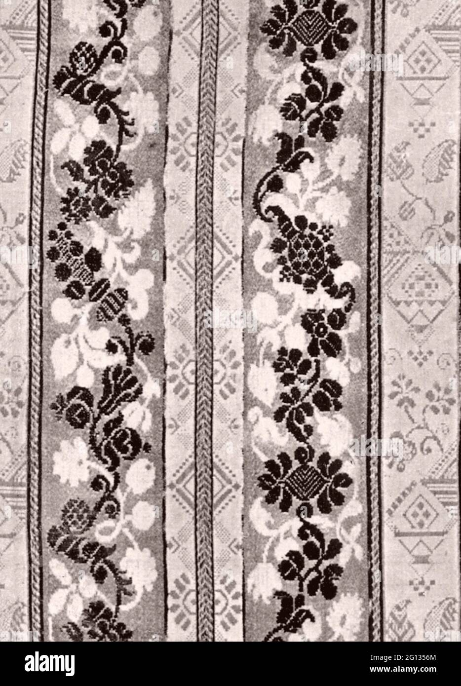 Frammento - tardo 17 ° secolo - Francia damascato satinato brocade. 1675 - 1700. Foto Stock