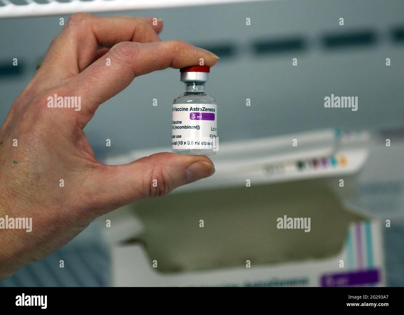 Fiala per vaccino Covid 19 AstraZeneca Foto Stock