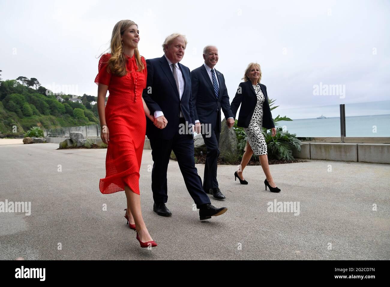 (Da sinistra a destra) Carrie Johnson, primo ministro Boris Johnson, presidente degli Stati Uniti Joe Biden e prima signora Jill Biden camminano fuori Carbis Bay Hotel, Carbis Bay, Cornovaglia, davanti alla vetta G7 in Cornovaglia. Data immagine: Giovedì 10 giugno 2021. Foto Stock