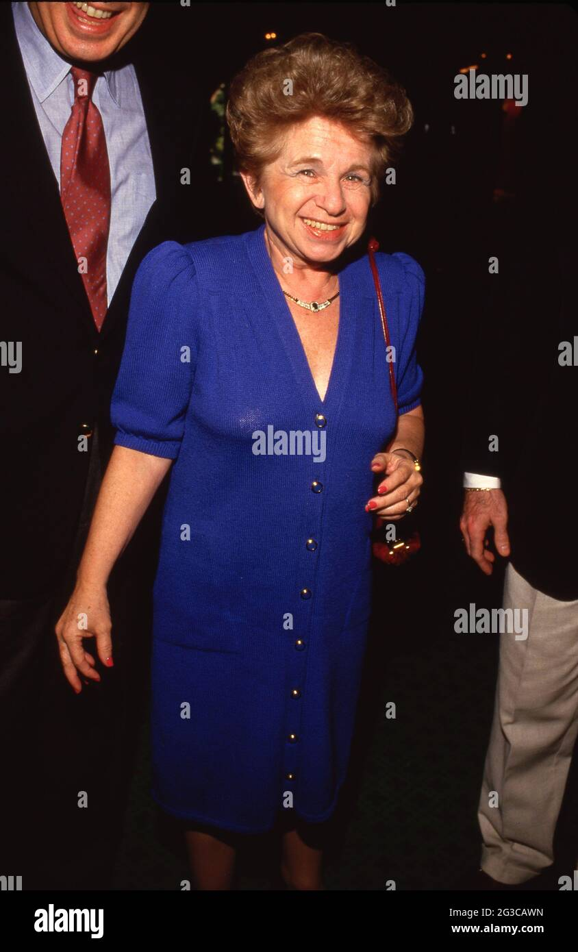 Dr. Ruth Westheimer Circa 1980's Credit: Ralph Dominguez/MediaPunch Foto Stock