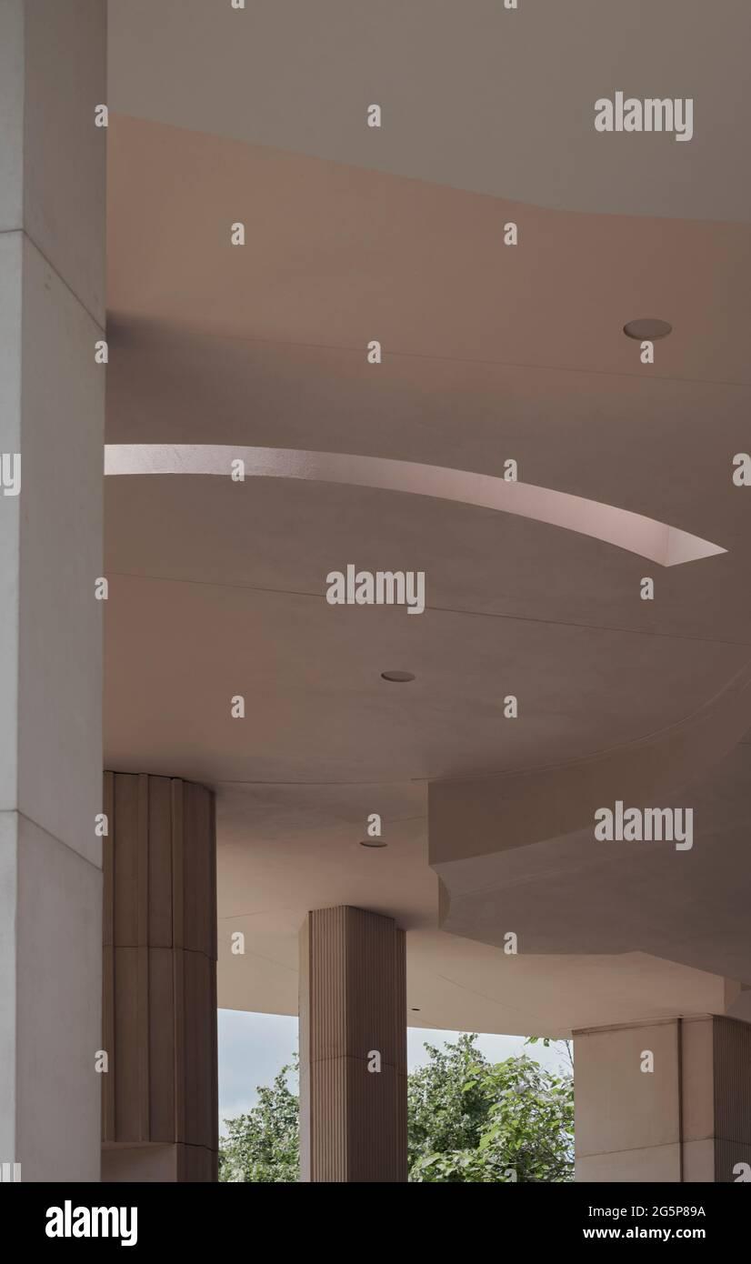 Serpentina Pavillion 2021 progettato dallo studio di architettura Counterspace, Londra, Regno Unito Foto Stock