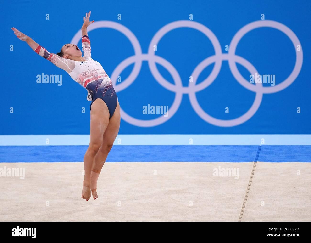 Gran Bretagna Jennifer Gadirova in the Women's Floor finale di esercizio al Ariake Gymnastic Center il decimo giorno dei Giochi Olimpici di Tokyo 2020 in Giappone. Data immagine: Lunedì 2 agosto 2021. Foto Stock