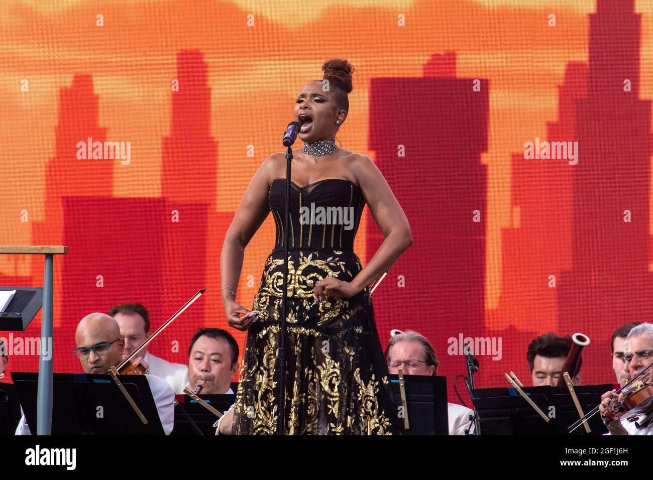 "NEW YORK, NY - AGOSTO 21: Il cantante Jennifer Hudson suona durante ""We Love NYC: The Homecoming Concert"" al Great Lawn in Central Park il 21 Agosto 2021 a New York City. Foto Stock"