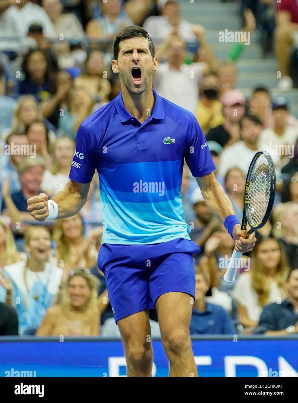 New York, Stati Uniti. 6 settembre 2021: Novak Djokovic (SRB) ha sconfitto Jenson Brooksby (USA) 1-6, 6-3, 6-2, 6-2, 6-2, al US Open in corso di recitazione al Billy Jean King Ntional Tennis Center di Flushing, Queens, New York/USA © Jo Becktold/Tennisclix/CSM/CSM Credit: CAL Sport/Alamy News Live Foto Stock