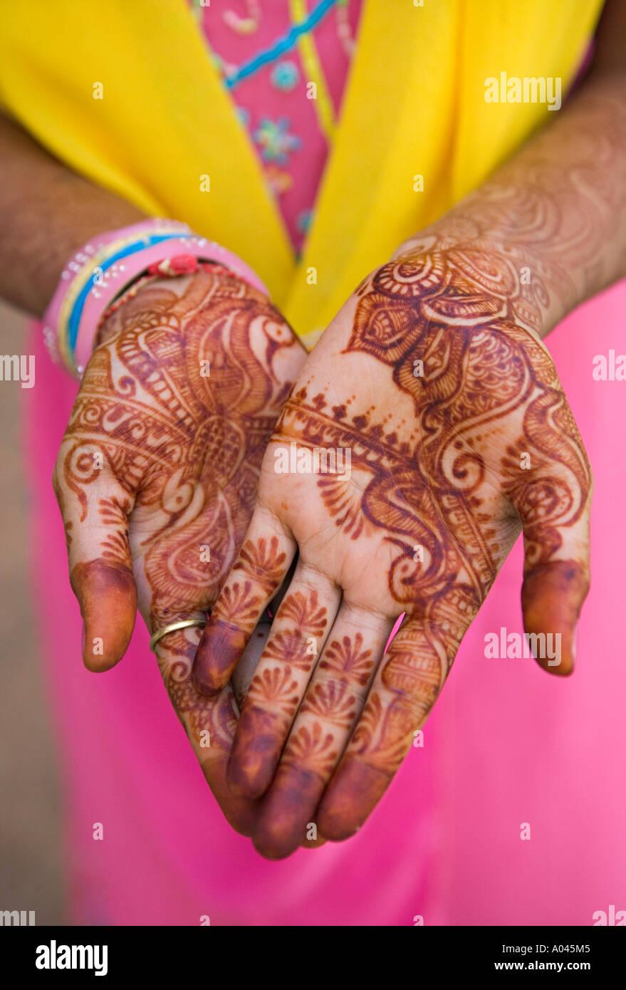 Hennaed mani, Jodhpur, Rajasthan, India Immagini Stock