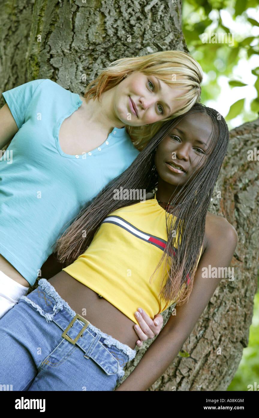nero lesbo teen