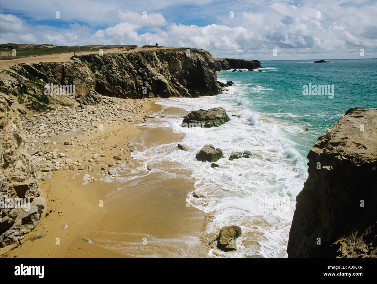 Cote Sauvage selvaggia costa occidentale della penisola di Quiberon a sud di Carnac Brittany Immagini Stock