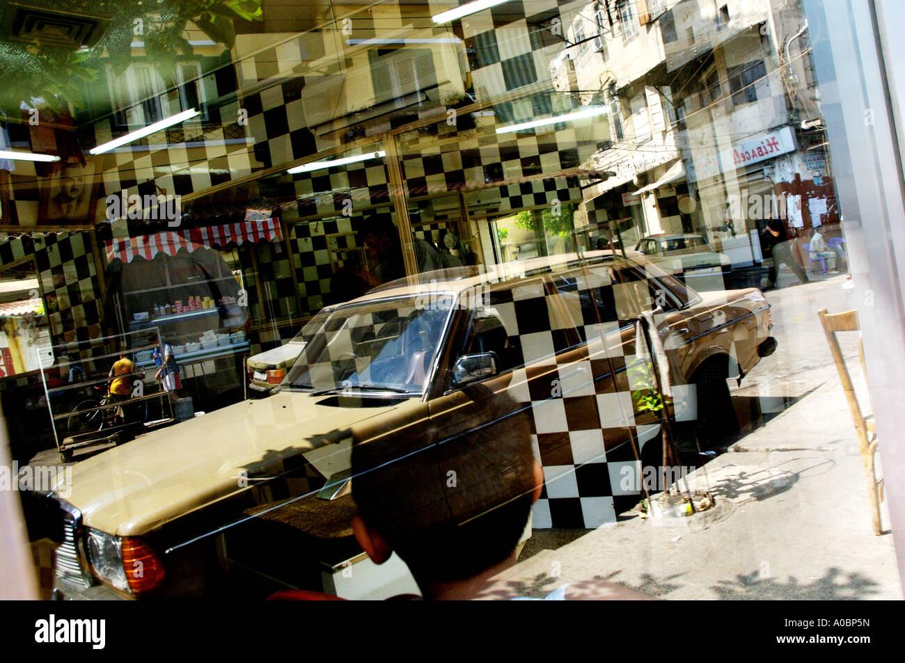 Il mercato storico nel nord della città libanese di Tripoli, Libano. Foto Stock