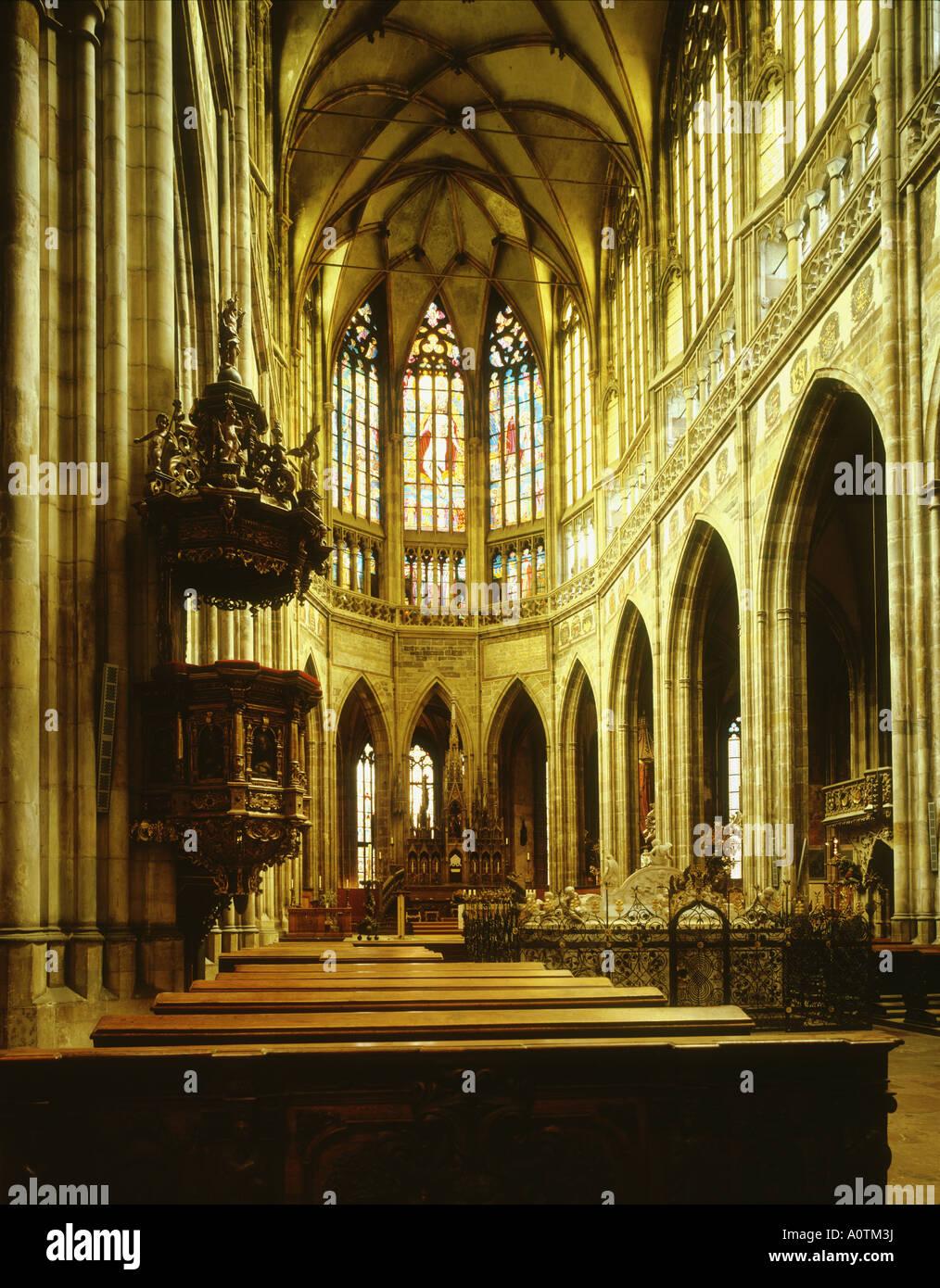 Mucha s vetro macchiato st Vitus s Cattedrale Patrimonio mondiale Immagini Stock