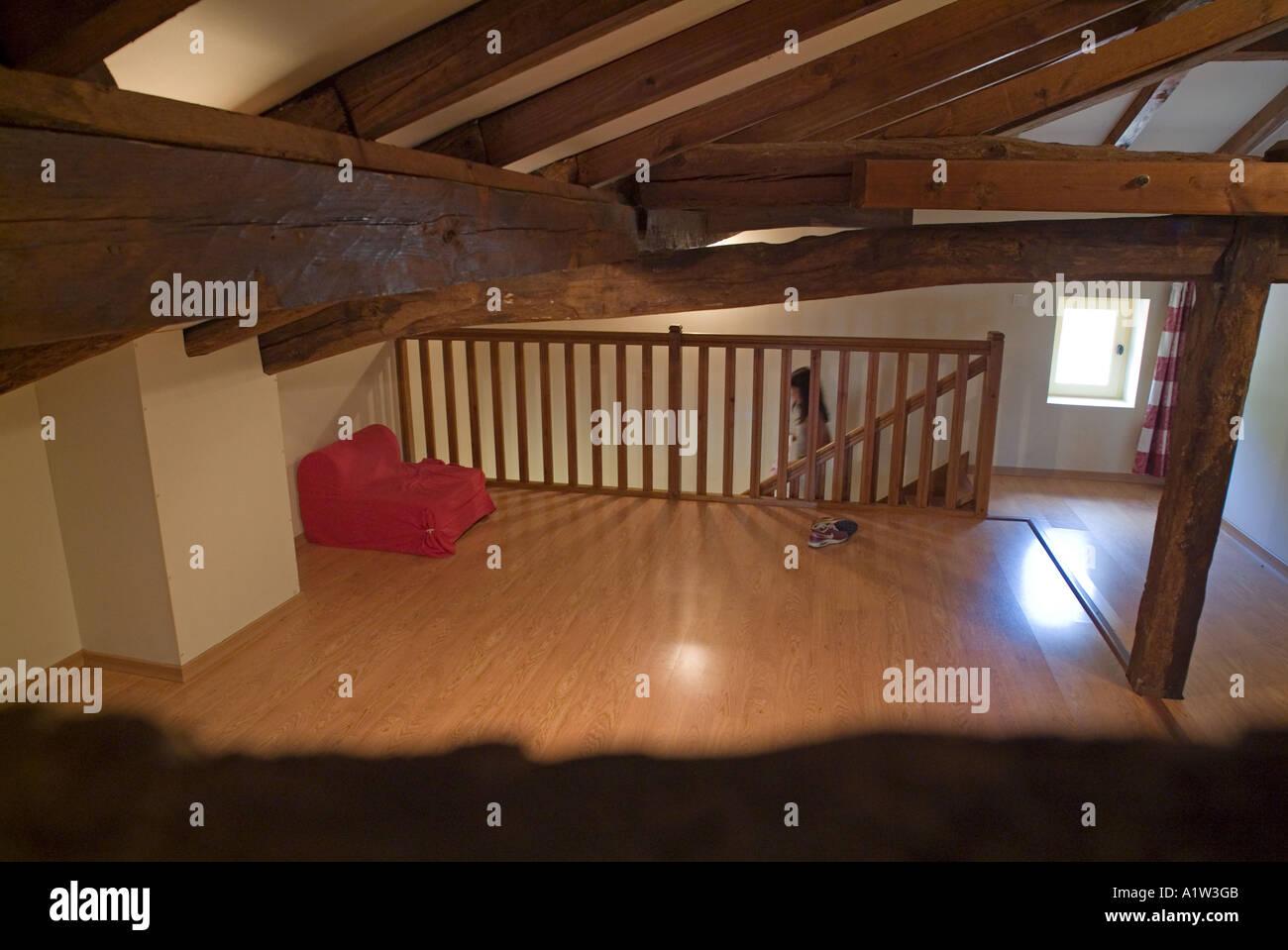 Plafoniere Per Travi In Legno : Plafoniere per travi legno illuminazione soffitti