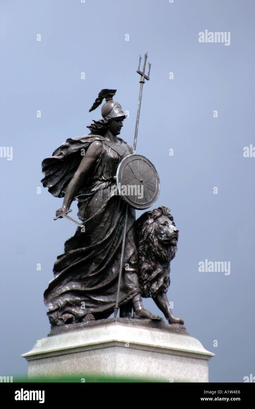 Britannia statua con Lion a Plymouth Hoe, Devon Immagini Stock