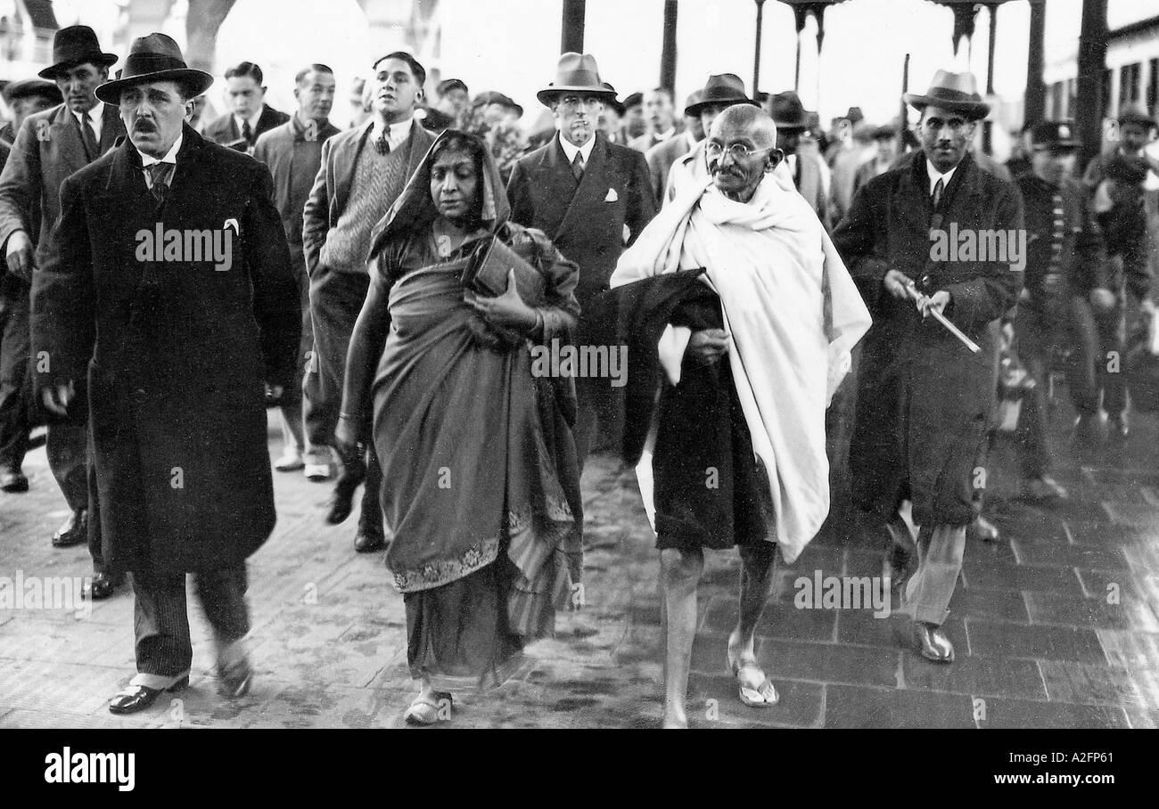 Il Mahatma Gandhi e Sarojini Naidu al Bolougne Francia 12 Settembre 1931 Immagini Stock