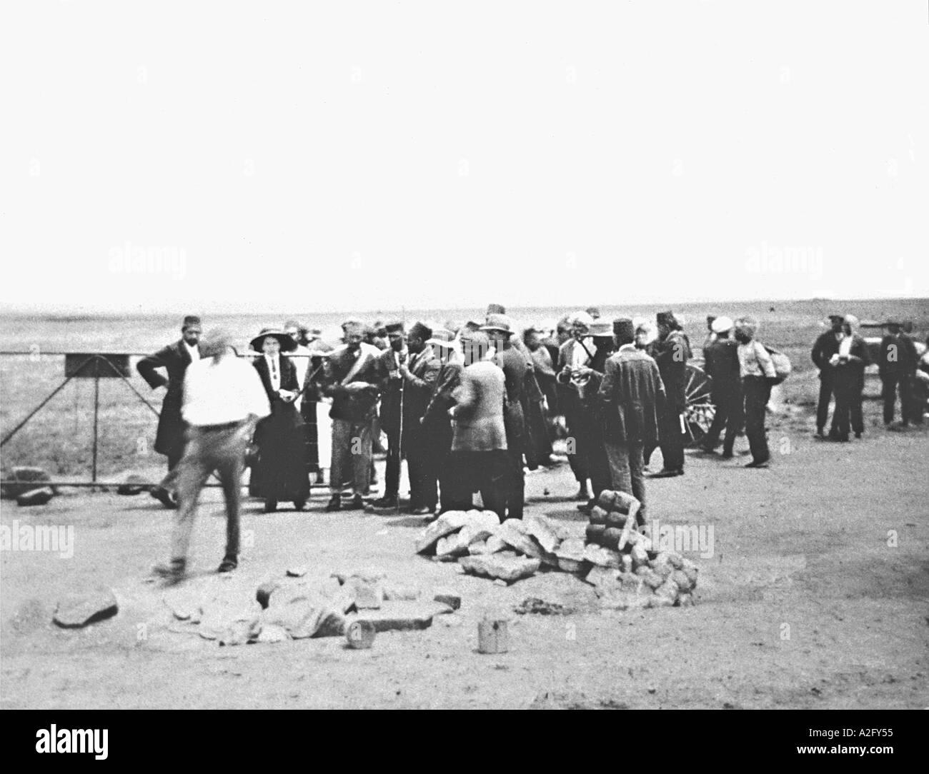 Sorprendente miniera indiana lavoratori guidato da Gandhi dal Transvaal a Newcastle Sud Africa 1900s - MKG 32947 Immagini Stock