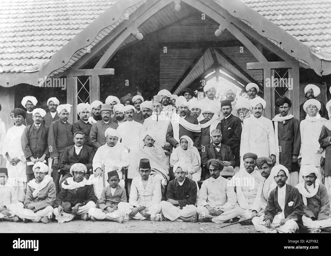 La ricezione a Jetpur Kathiawad Gujrat India al Mahatma Gandhi e sua moglie Kasturba Gandhi 27 Gennaio 1915 Immagini Stock