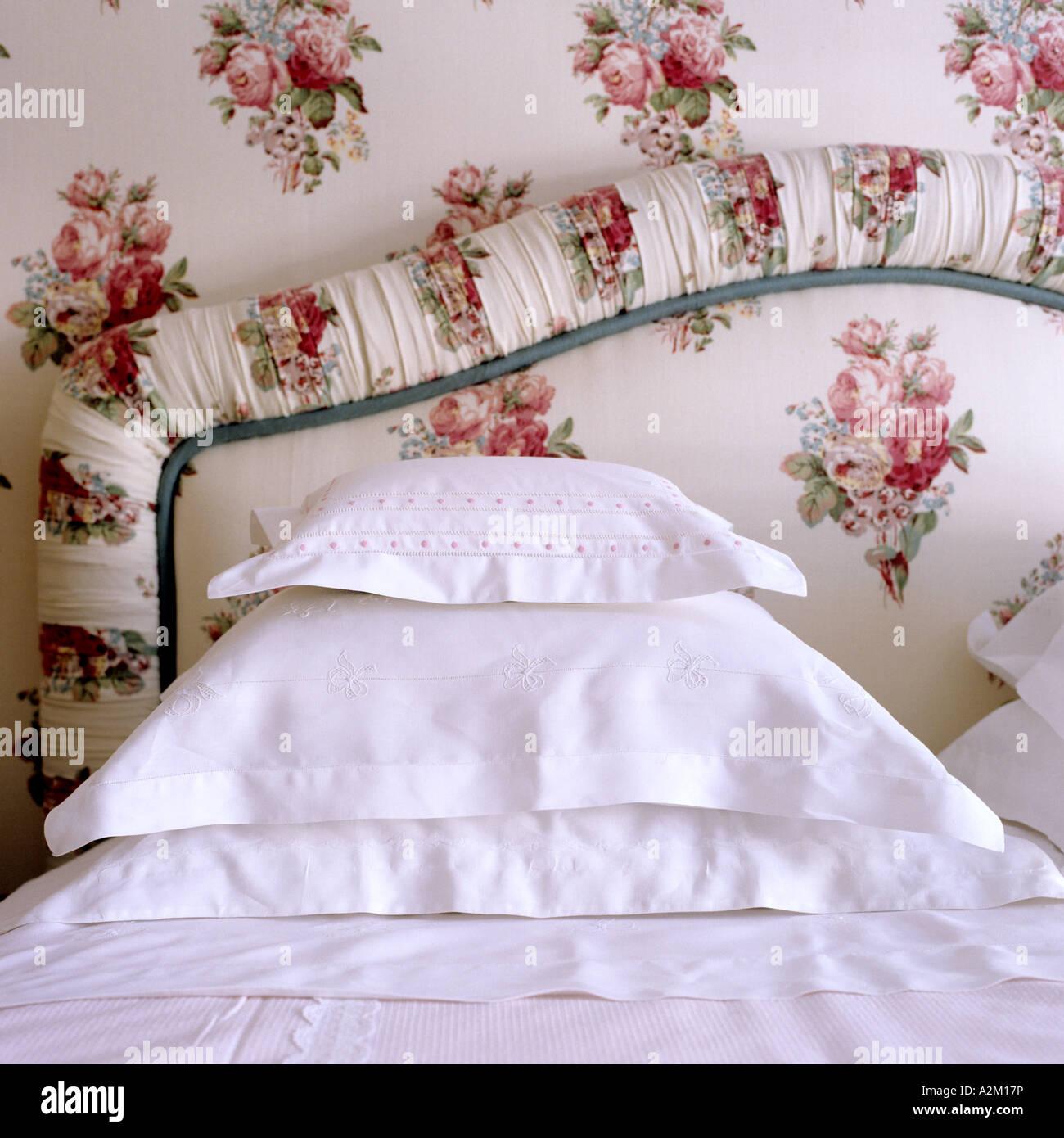 Cotton immagini cotton fotos stock alamy - Testa del letto ...