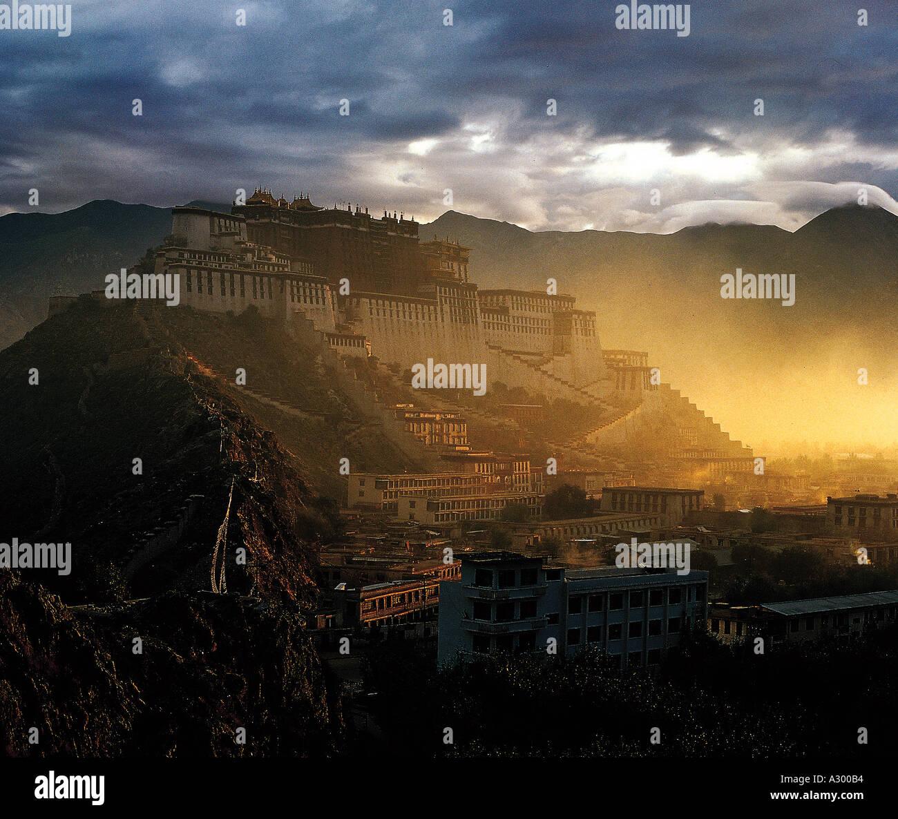 Palazzo del Potala Il Tibet Cina Immagini Stock
