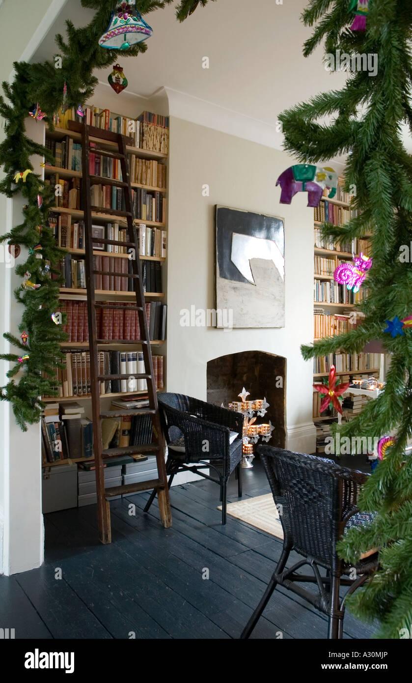 Decorazione di Natale in stile messicano in una casa vittoriana a Londra Immagini Stock
