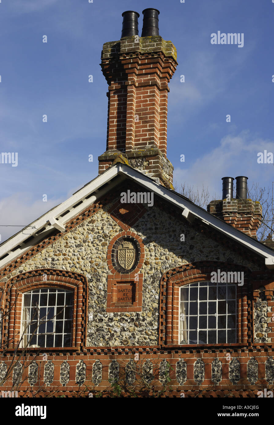 Immagini Camini In Pietra windows camini in pietra focaia e mattoni east horsley