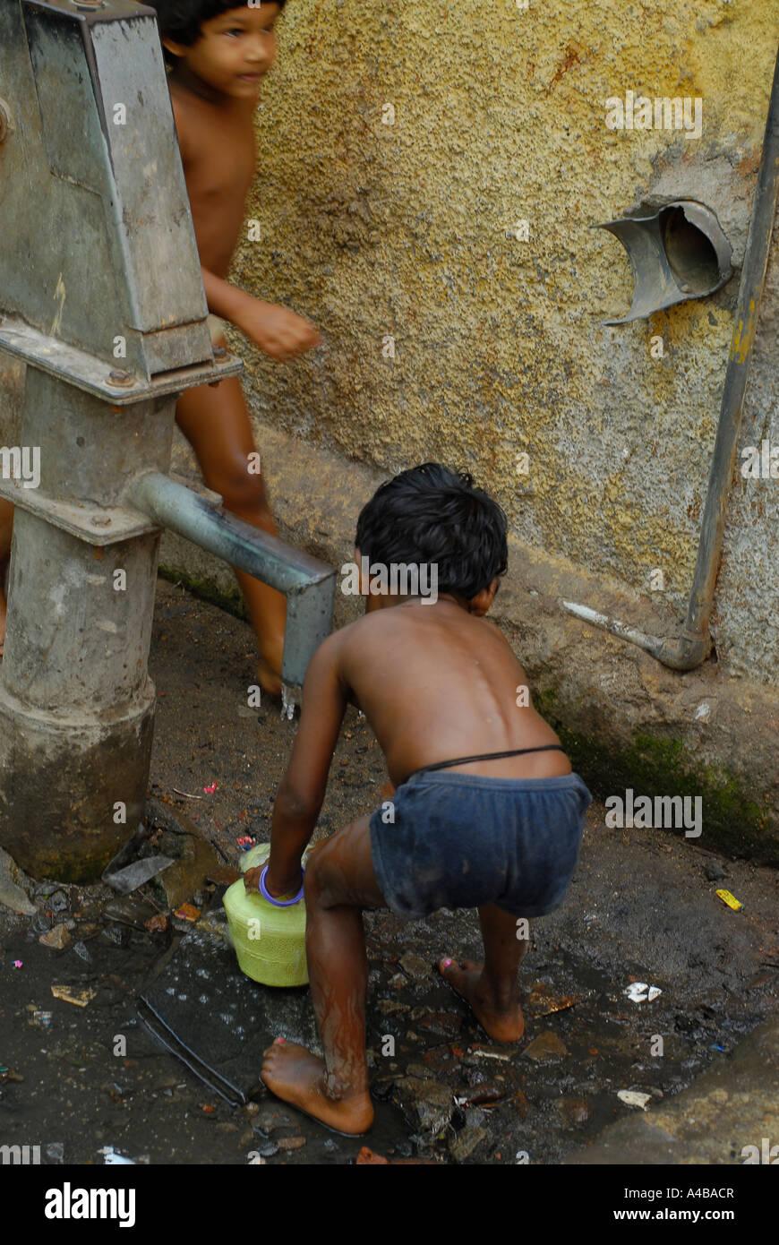 Foto di giovani ragazzi nudi
