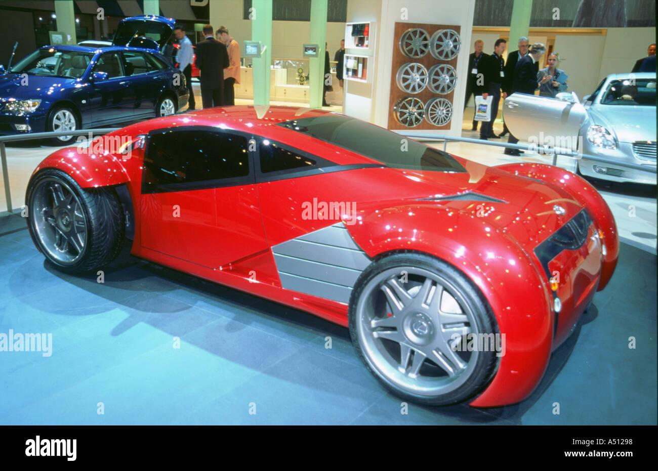 2002 Lexus concept car elettrica utilizzata nella relazione di minoranza film Immagini Stock