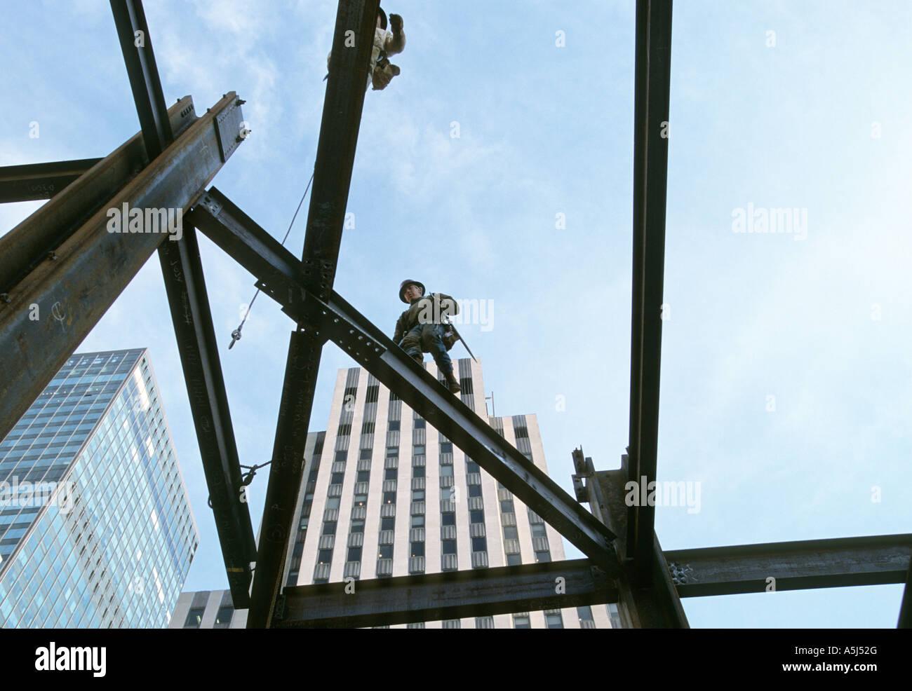 Indian steelworker immagini indian steelworker fotos for Edificio di 10000 piedi quadrati