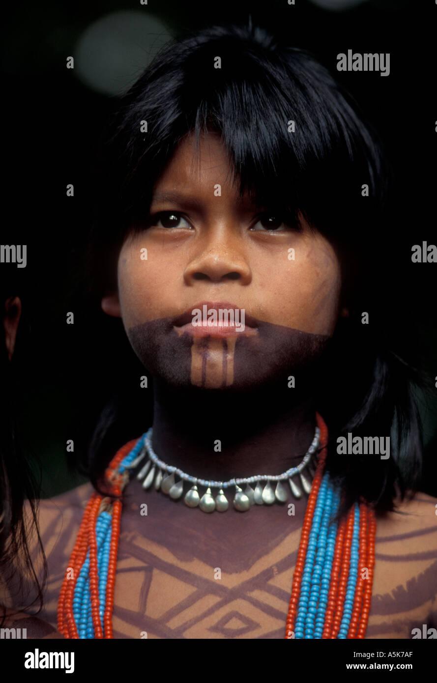 PANAMA DARIEN JUNGLE volto di Choko ragazza indiana conosciuta anche come Embara Immagini Stock