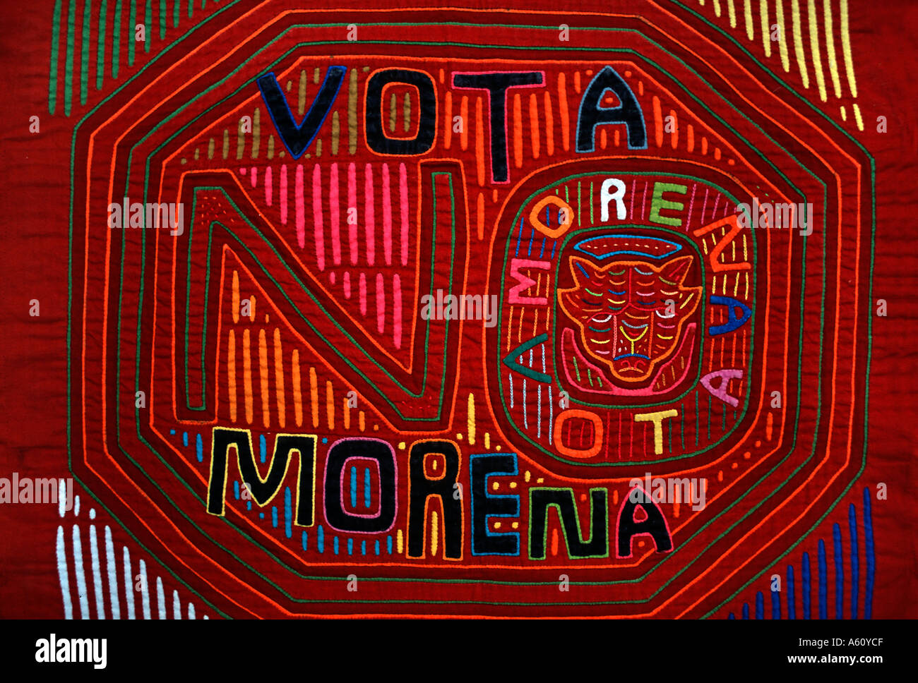 Appliqué decorazione applicata a bluse Molas s degli Indiani Kuna isole San  Blas Panama dichiarazione politica eeae1f1735d5