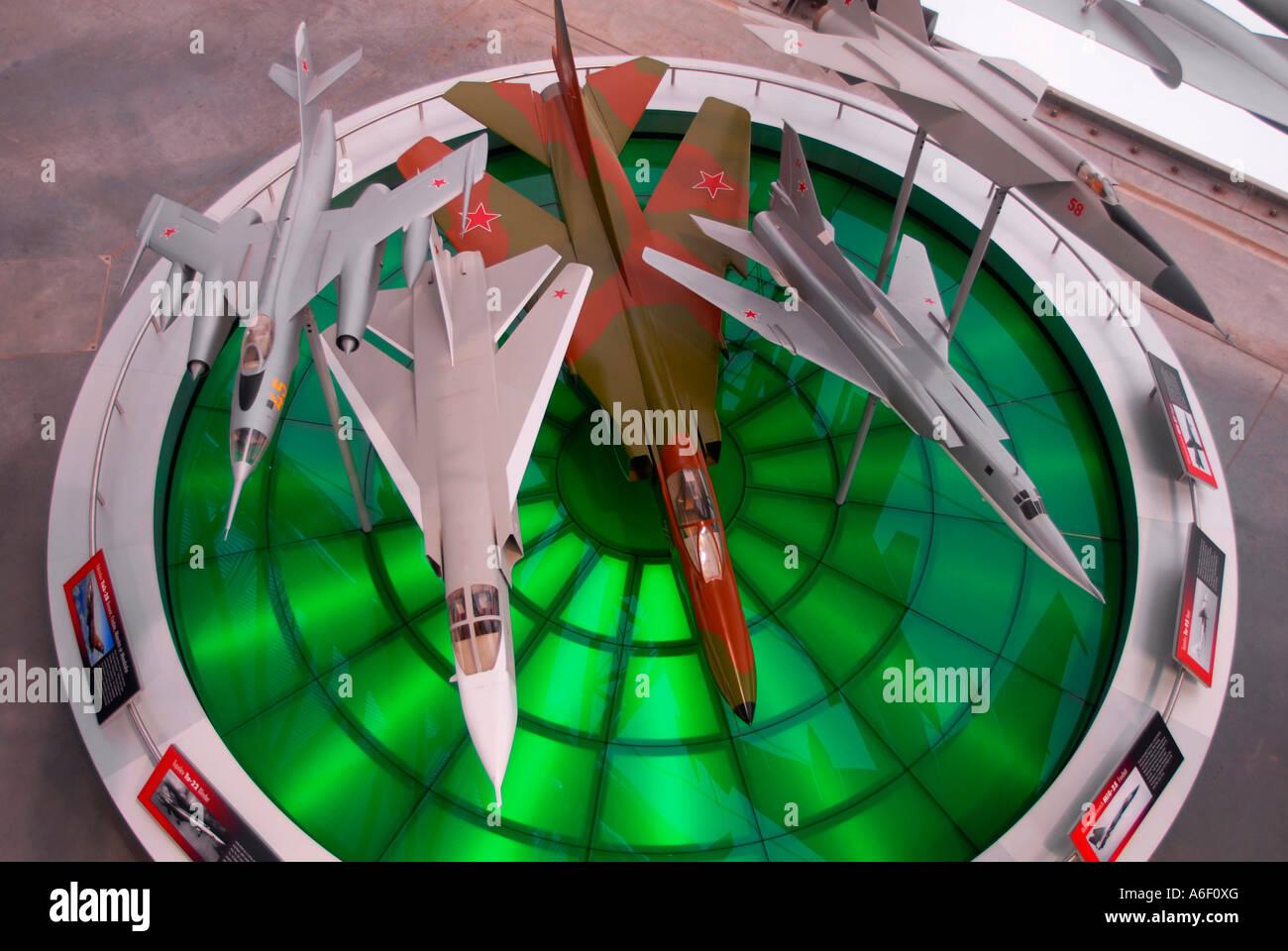 Modelli in scala di aerei russi costruiti da MOD scienziati sperimentali per misurazioni radar sul display a livello Immagini Stock