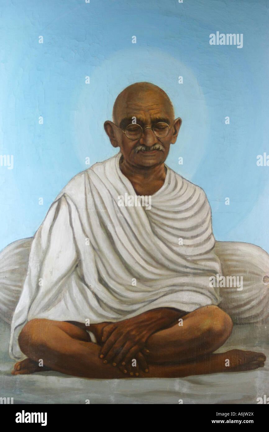 Serena la pittura la scultura del Mahatma Gandhi sulla visualizzazione a Sabarmati Ashram di Ahmedabad, Gujarat, Immagini Stock