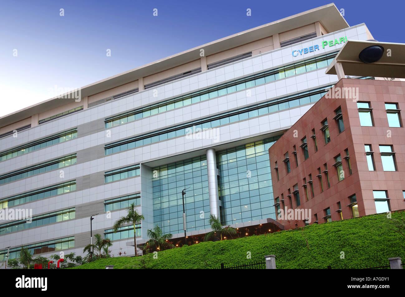 ANG77662 edificio moderno Cyber Pearl a Hi-tech Hydrabad città di Andhra Pradesh in India Immagini Stock