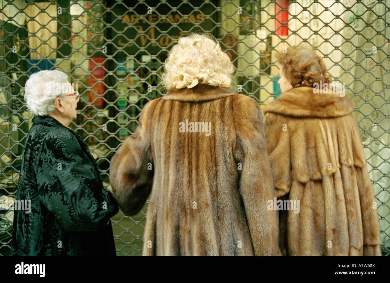 Pellicce Immagini & Pellicce Fotos Stock - Alamy