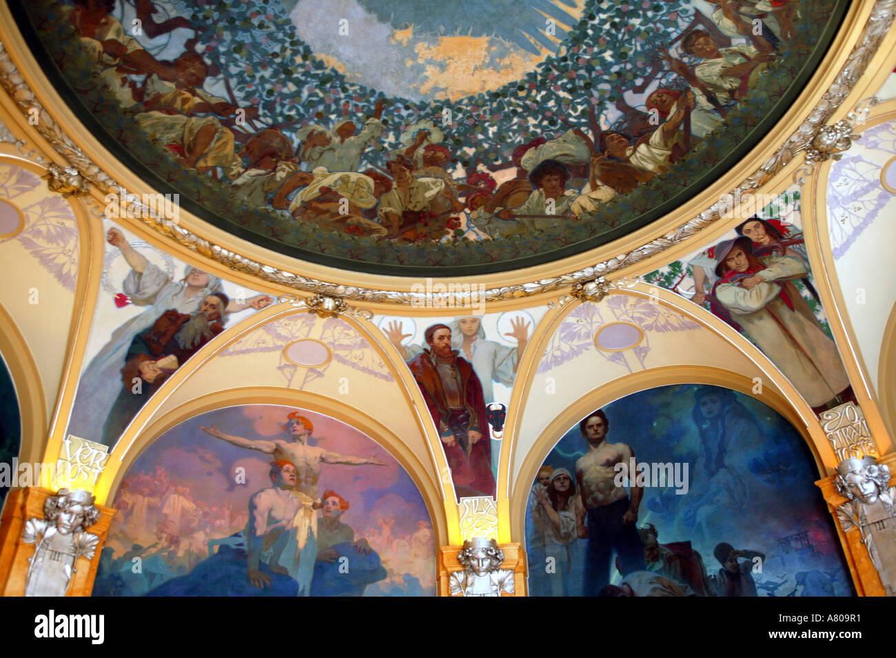 Repubblica Ceca, Praga, Casa Municipale, sindaci camera decorata da Alfonso Mucha Immagini Stock