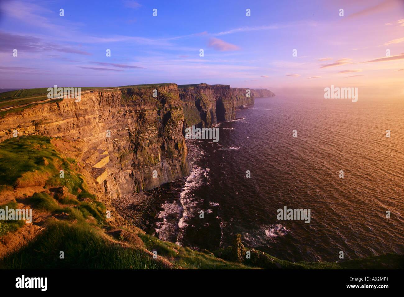 Scogliere di Moher County Clare Eire Immagini Stock