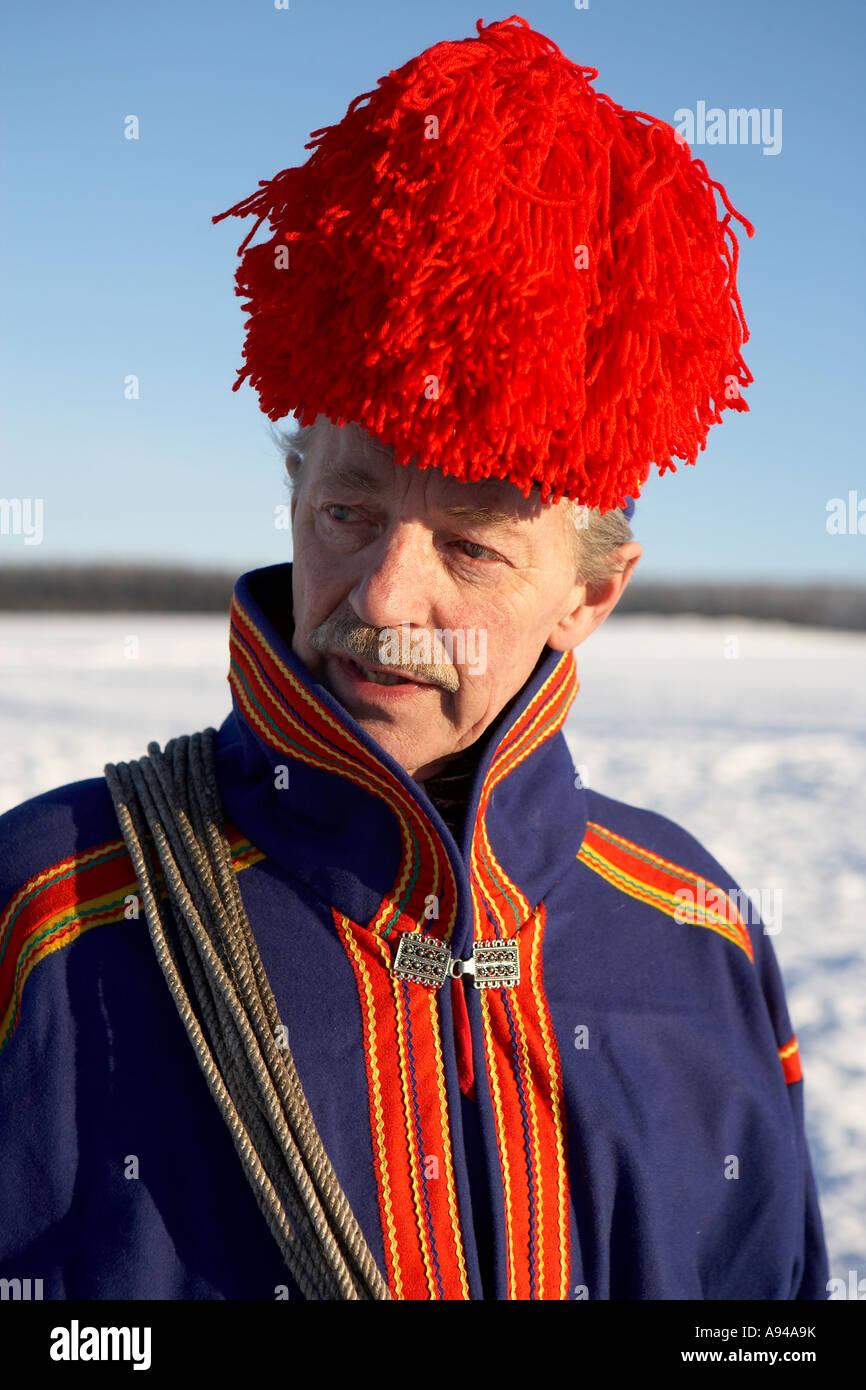Ritratto di Sami, il tradizionale costume nazionale, Lainio, Lapponia, Svezia Immagini Stock