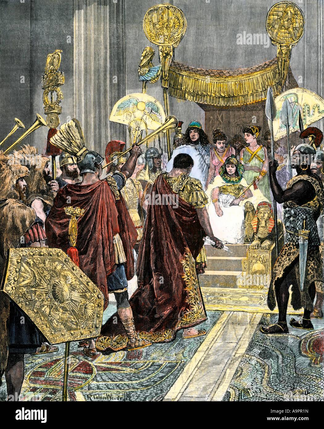 Ricezione di Cleopatra Marc Antony nell antico Egitto 41 BC. Colorate a mano la xilografia Immagini Stock