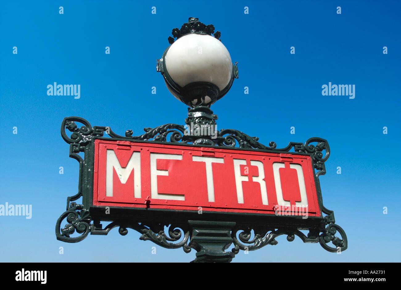 Parigi Metro segno, Francia. Il viaggio. Immagini Stock